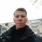 Андрей, 30, г.Керчь