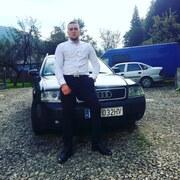 олег, 24, г.Косов