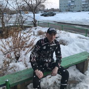 арсен, 24, г.Омск