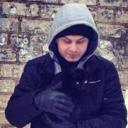 Роман, 25, г.Покровск