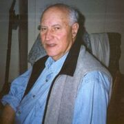 Дед, 91, г.Абрау-Дюрсо
