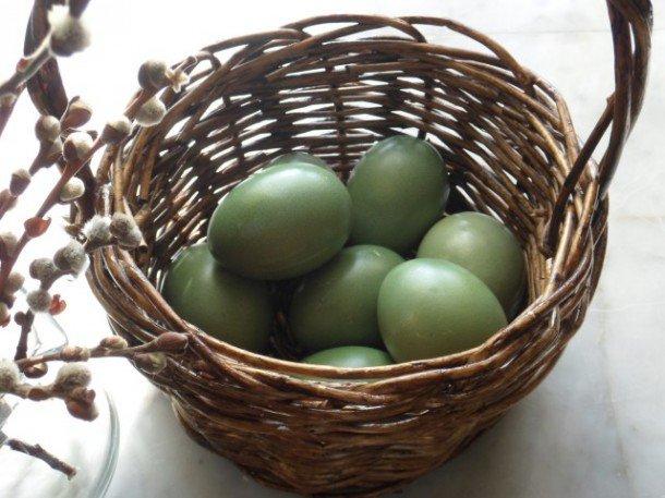 Покраска яиц натуральными красками