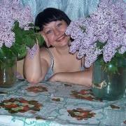 галина, 30, г.Приютное