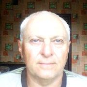 Валерий, 68, г.Горишние Плавни