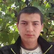 Олександр, 25, г.Умань