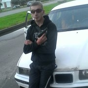 Иван, 31, г.Сланцы